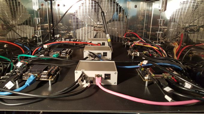 iMX6 TinyRex - Env chamber - Boards in the chamber-680px